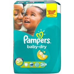 Pack 28 Couches Pampers Baby Dry taille 5+ sur Couches Zone